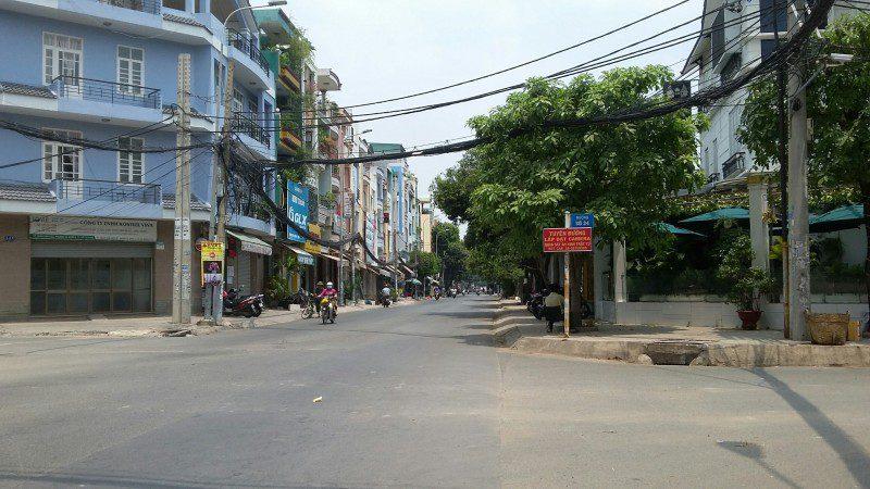 Bán nhà mặt tiền đường Trần Văn Kiểu, phường 10, quận 6, Dt 4x18m, 2 lầu